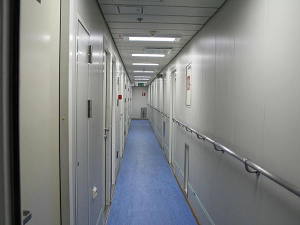 洁净走廊扶手安装